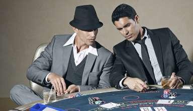 Obracanie pieniędzy w pokerze